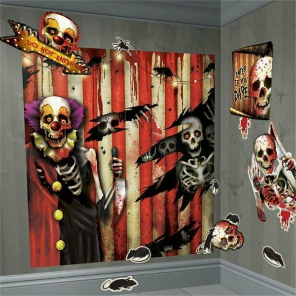 Halloween Scary Clown Scene Setter - 1.7m